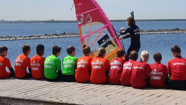 Windsurf Club